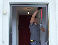 Haustür ausbauen   FensterHAI®